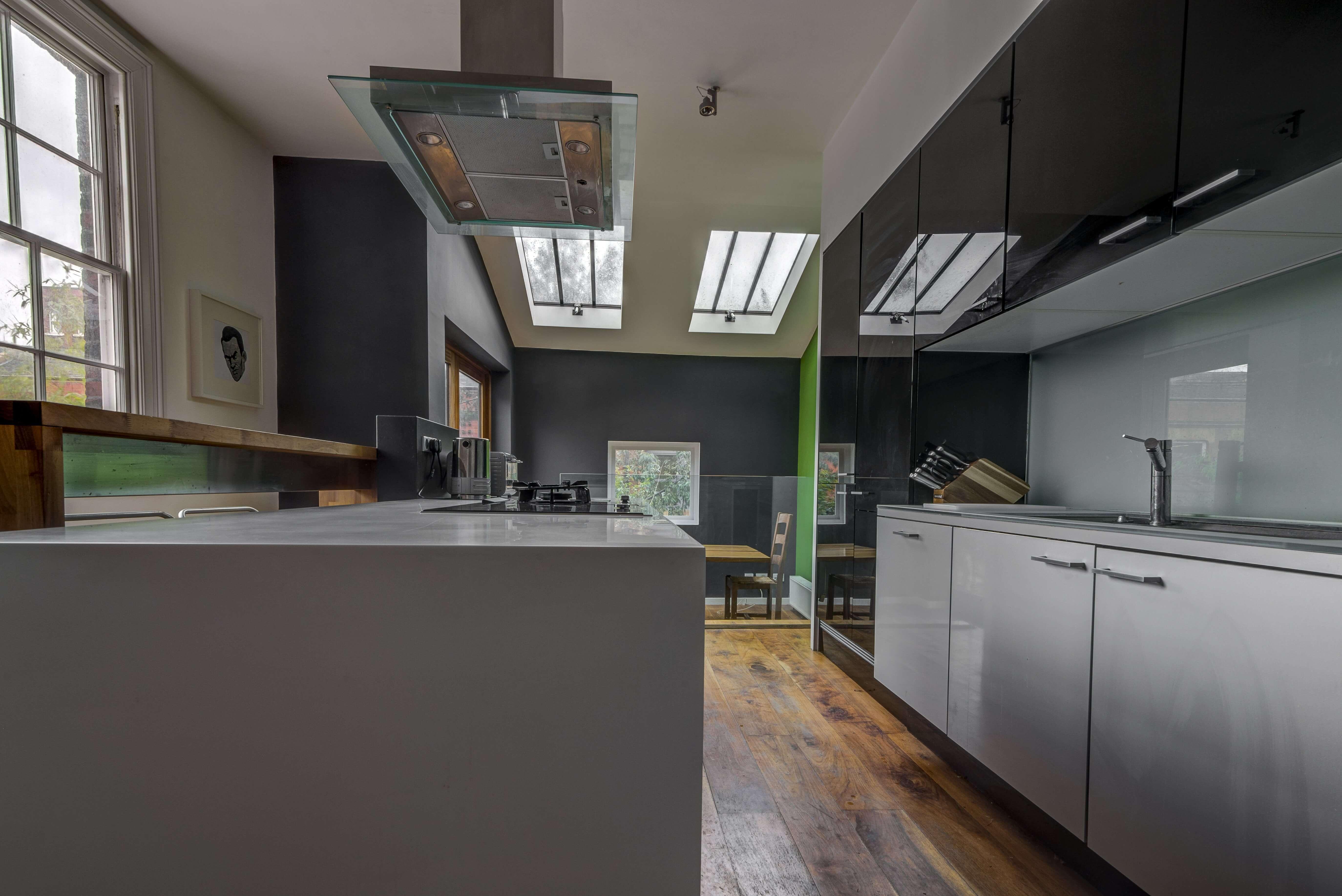 Very modern grey kitchen